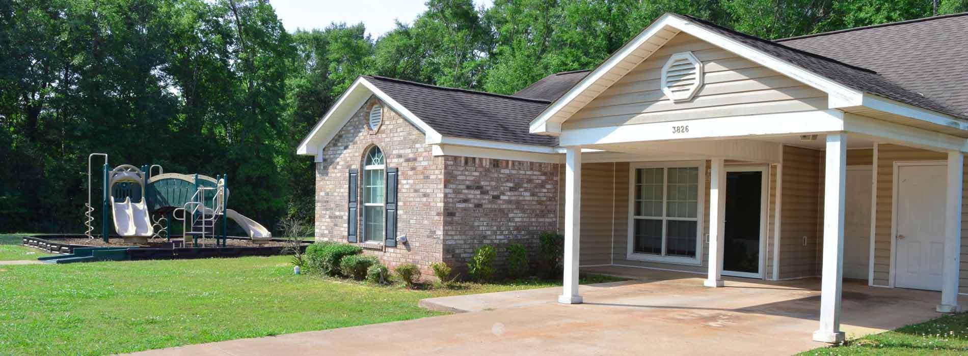 Pleasing Silver Leaf Estates Alexandria La 318 445 3530 Home Interior And Landscaping Oversignezvosmurscom